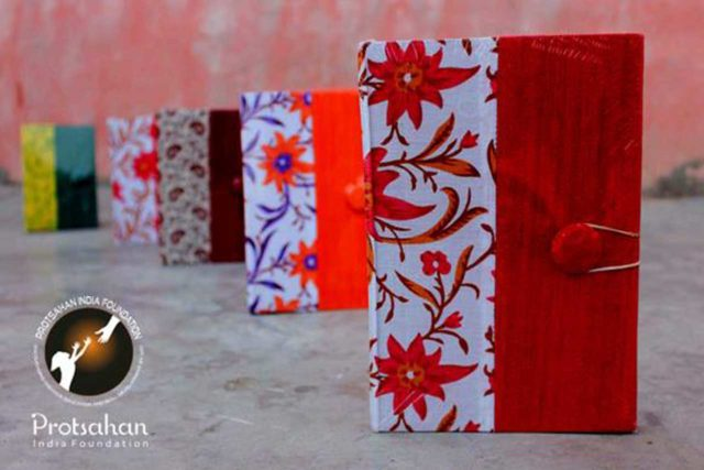 Handcrafted Notebooks: Price/Unit: INR 150+